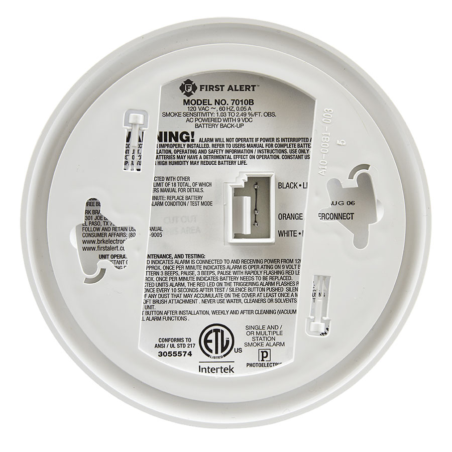 First Alert Hardwired Photoelectric Smoke Alarm with Battery Backup - 7010B