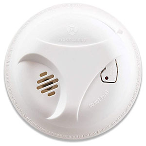 First Alert SA303CN3 Basic Battery Operated Smoke Alarm (1039796)