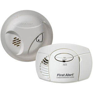 First Alert Carbon Monoxide and Smoke Detector (Combo Pack) - SCO403 (1039879)